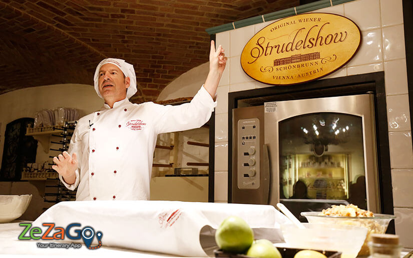 Apple Strudel Show at Schonbrunn Palace